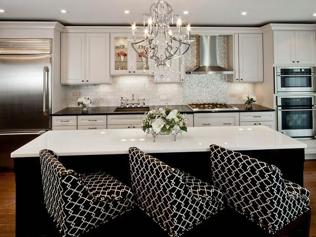 white cabinets, black island, love