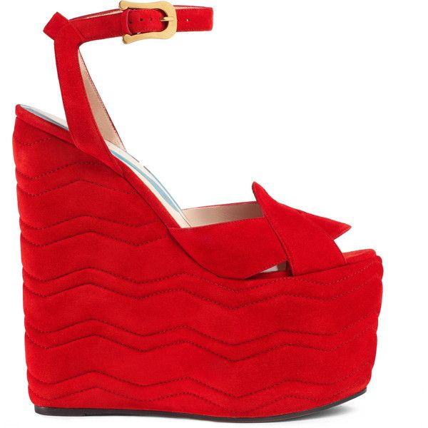 Gucci Suede Platform Sandal (22022020 BYR) ❤ liked on Polyvore featuring shoes, sandals, red, heels, gucci, wedges, suede platform sandals, red platform shoes, ankle strap shoes and gucci shoes