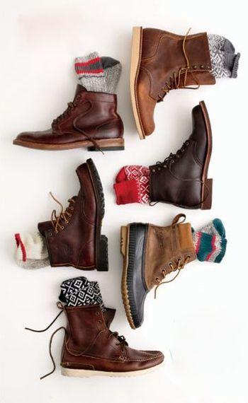 リネンと相性の良いレザーのレースアップブーツ。 かわいい靴下と組み合わせてわせて可愛く楽しく♪ ビーンブーツで雪の日もこわくない!