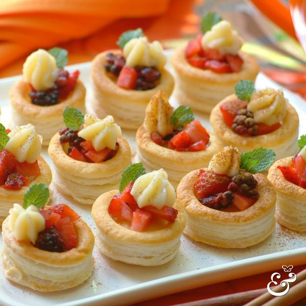301 best vol au vents images on pinterest vol au for Buy canape shells