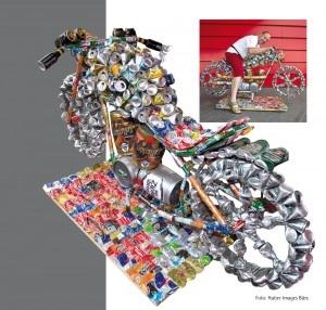 Een motor gebouwd van afval. Leuk bedacht met een oog op de toekomst..
