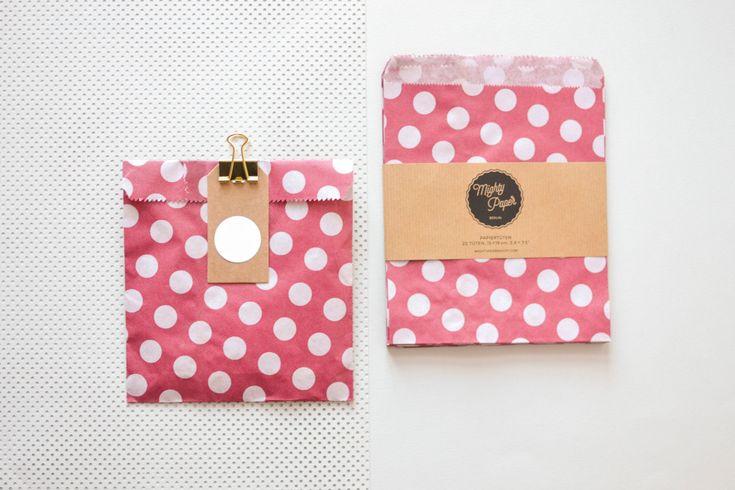 20 Papiertüten Kraftpapier Tüten Candy Bags Geschenktüten gepunktet pink Flachbeutel Beutel V011 by MightyPaperShop on Etsy
