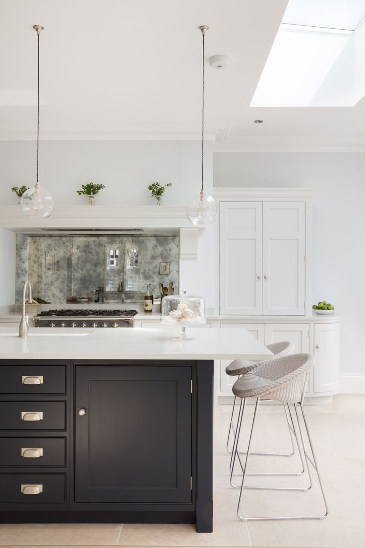 Grey kitchen modern kitchen london by lwk kitchens london - Skylight Ceiling Window Chunky Island Like Flint Splasback Idea Like Trhis Marble Colour Could Luxury Kitchensmodern Kitchenskitchen