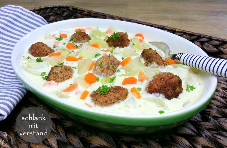Wikinger Topf low carb Hallo ihr Lieben, hier kommt wieder ein schnelles und einfaches low carb Gericht für euch. Deftige Fleischbällchen mit viel Gemüse in einer hellen, cremigen Sauce&#823…