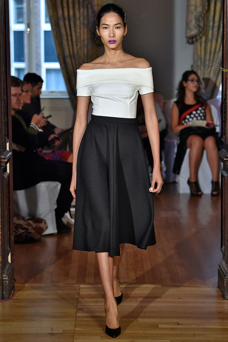 """I hate this lip stick... but I""""m letting it slide. *The Runway should set trends not follow them*   Emilio de la Morena Spring 2016 Ready-to-Wear Collection Photos - Vogue"""