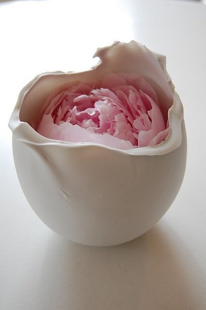 Snowball by ceramic artist Norvald Hemre   votive / vase for rose or flower - incredibly beautiful