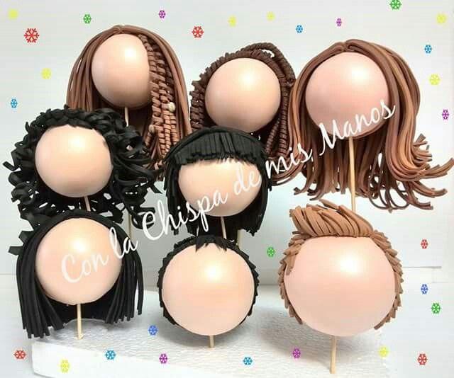 Cabezas de fofuchas con diferentes peinados