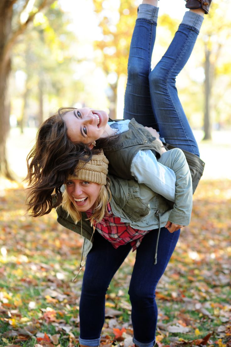 Big/little, best friend or sister fall photoshoot