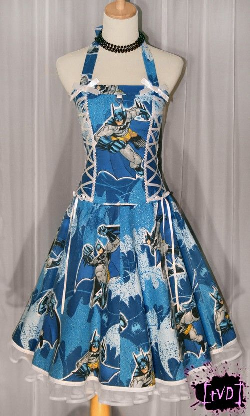 I want to try to make this!! Goal for my birthday: make batman dress!