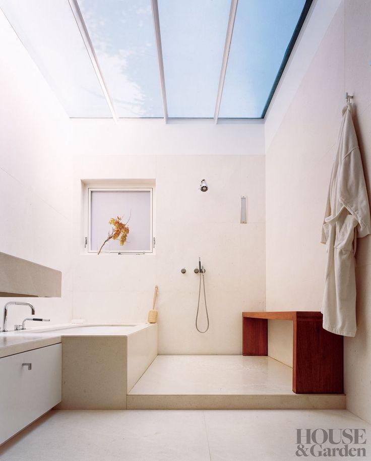 A minimalist New York bathroom by India Mahdavi and 1100 Architect