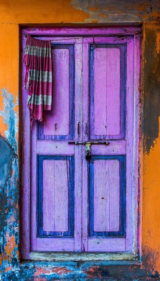 COLORI: porte lilla in casa | VogliaCasa
