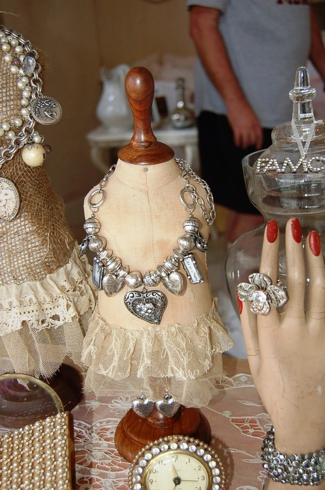 Attractive Cameo Kids Boutique: Shabby Chic Posh On Palm   (The Catu0027s Meow)   A Shabby  Chic Heaven!