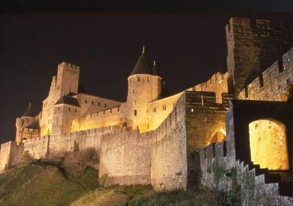 Carcasonne, France: Carcasson France, Favorite Places, Wall Cities, Blog Triptrend, 1000 Places, Carcassonn France, Travel, Mid Evil Castles, French Castles