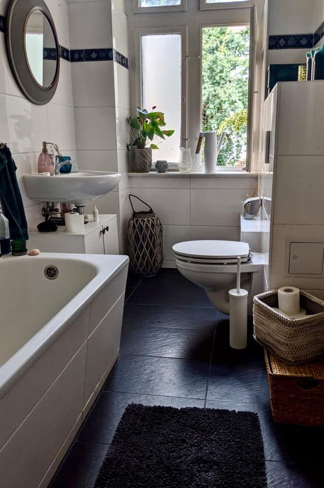Schones Badezimmer Mit Kontrastreichem Boden Schone Badezimmer Badezimmer Badezimmer Schwarz