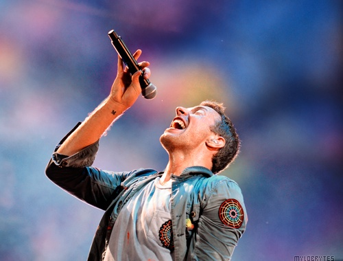 Chris Martin and the only tattoo I find cute; the 'M' stands for his son Moses.