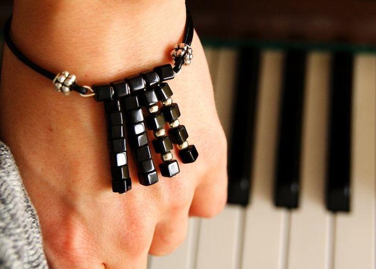 Bracelet Tassels