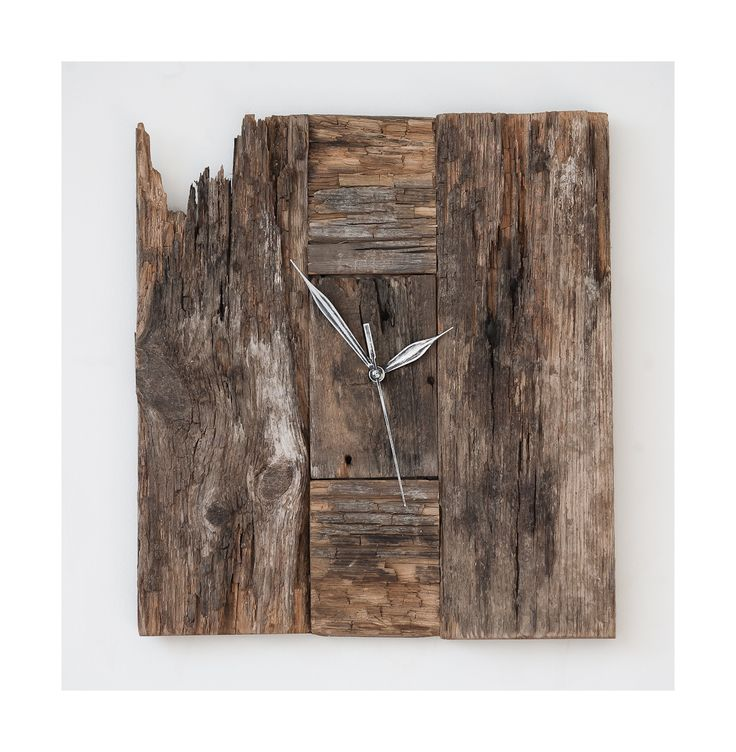 Model no 15 *). Aged wood is a beautiful way to add character to your home or garden. Developped naturally. Pine wood. Size: 34 cm x 30 cm.