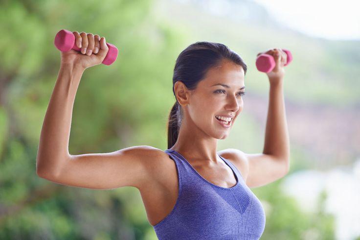 Work that body! 5 simpele oefeningen voor strakkere armen -Cosmopolitan.nl