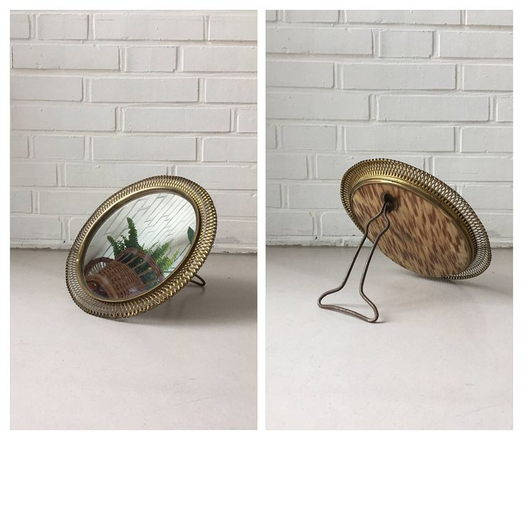 Ein persönlicher Favorit aus meinem Etsy-Shop https://www.etsy.com/de/listing/507965882/vintage-kosmetikspiegel-standspiegel