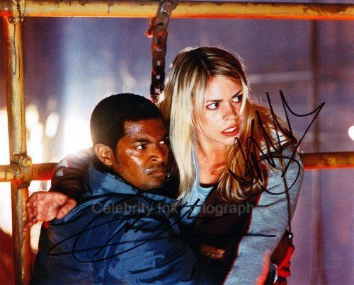 BILLIE PIPER and NOEL CLARKE as Rose Tyler and Mickey Smith - Doctor Who @ niftywarehouse.com #NiftyWarehouse #DoctorWho #DrWho #Whovians #SciFi #ScienceFiction #BBC #Show #TV