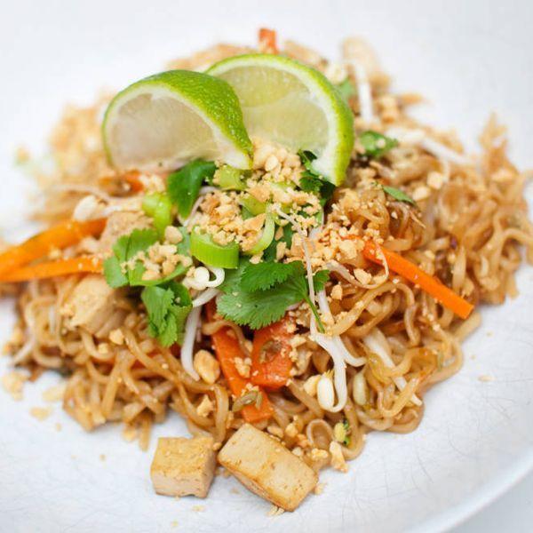 En av verdens mest delikate retter – nå i vegansk form. Pad Thai er en rett som består av stekte...