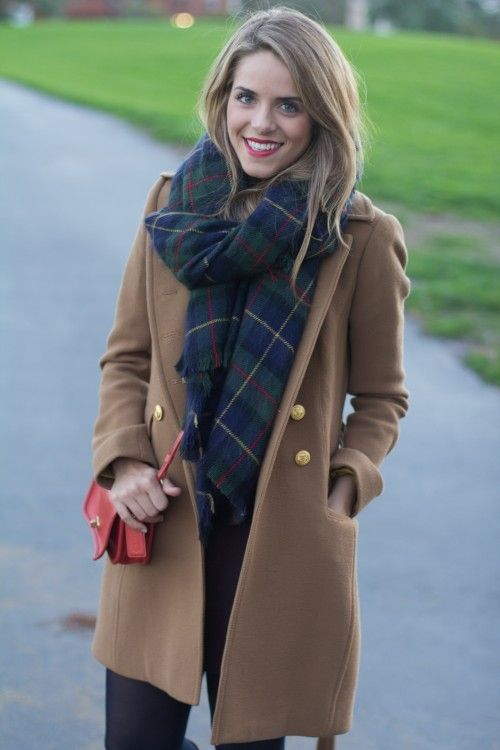 Go for a brown coat and navy leggings and you'll look like a total babe.   Shop this look on Lookastic: https://lookastic.com/women/looks/brown-coat-navy-leggings-red-crossbody-bag-navy-and-green-scarf/7827   — Navy Leggings  — Red Leather Crossbody Bag  — Navy and Green Plaid Scarf  — Brown Coat