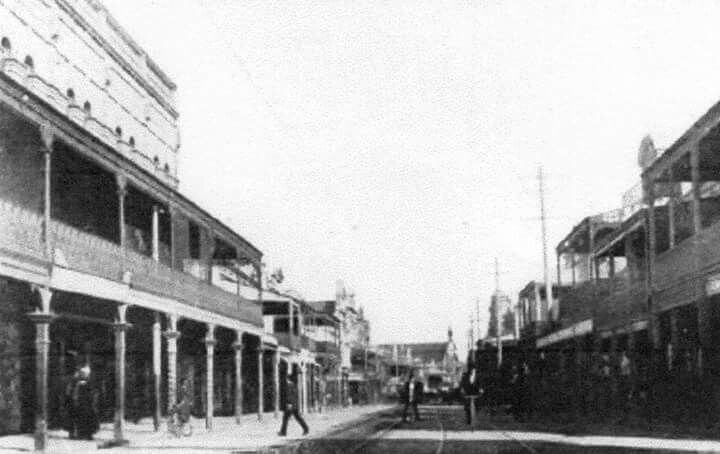 King St,Newtown in the inner west suburbs of Sydney. View South near Horden St along King St towards Erskinville Rd in the 1880s. City of Sydney Archives