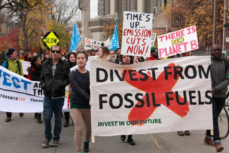 Fossil fuel divestment fever hits UBC and other Canadian campuses Thirty Canadian universities now have growing divestment campaigns, including the University of Toronto, Simon Fraser University, the University of Victoria and McGill.