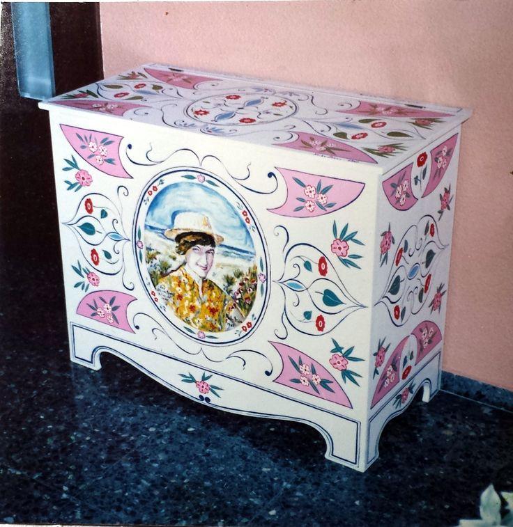 Las 25 mejores ideas sobre ba l pintado en pinterest y m s - Baules pintados a mano ...