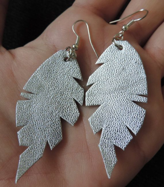Feather earrings made of natural leather, metal silver earrings, entirely handmade in Transylvania, Romania, light jewelry, original design