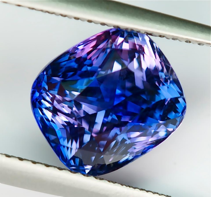 SOLD-MBF00001 - 5.06ct blue/violet Color Shift Sapphire Ceylon - AIGS certified 9.34 x 8.33 x 7.08 mm Heat Only, No Beryllium Clean, Excellent Cutting $6785 For The Piece Shipped