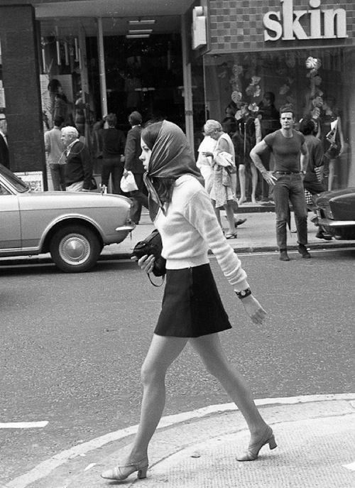 60s street fashion