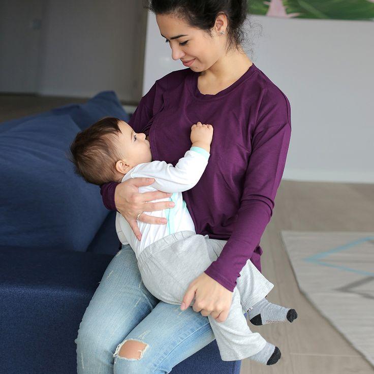 👍Топ с запaхом для беременных и кормящих — Баклажан 🍆😀 Уютный топ для беременных из ультра-мягкой вискозы невероятно приятный к телу и легко комбинируется с джинсами, брюками чиносами или спортивными штанами. Что бы ты ни выбрала, топ для беременных можно носить на протяжении всей беременности. После рождения малыша, такой топ станет удобной одеждой для кормящих. Благодаря скрытому доступу, футболка для кормления очень удобна для налаживания лактации, ведь малыша можно незаметно…