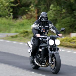 best 25 darth vader motorcycle helmet ideas on pinterest. Black Bedroom Furniture Sets. Home Design Ideas
