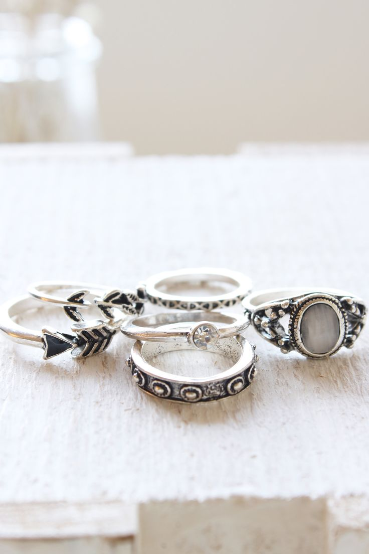 Moon Stone Ring Pack
