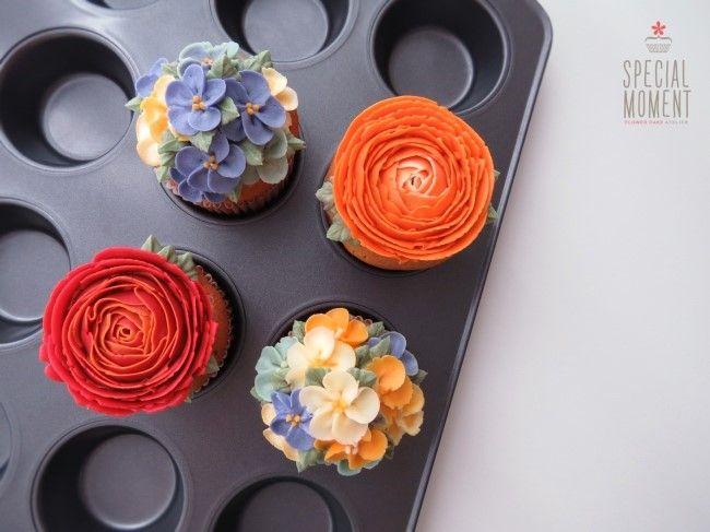 Peanut butter Flower Cupcakes for Friend #rose #apple blossom #buttercream…