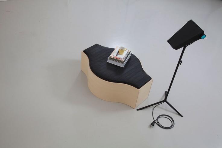 Compound Bench + Droid Lamp.   www.jmdb.se