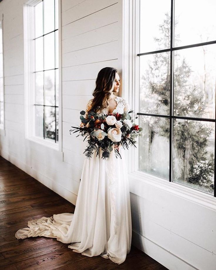 WEDDING STYLIST + FLORAL DESIGN  OKC, OK + travel Planning | fresh blooms | details | Chapel Designer Email: heather@forevercole.com