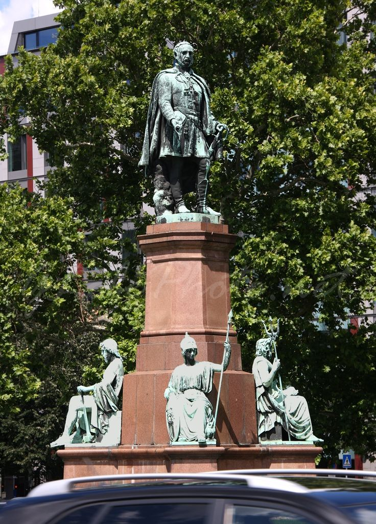 Széchenyi István square, Budapest