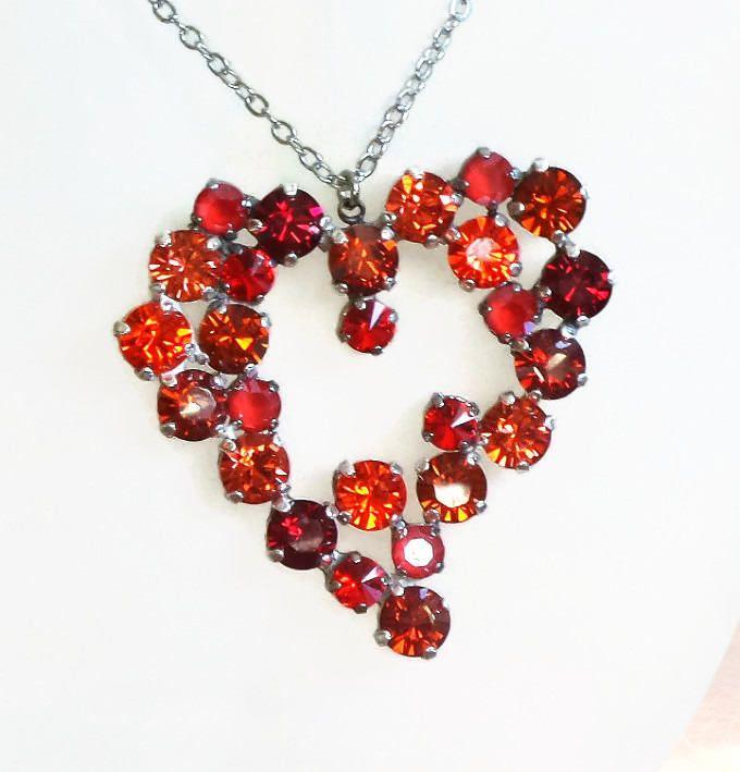 "Sparkling large Swarovski crystal heart pendant necklace gorgeous multi red colours 24"""