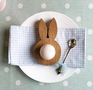 Oak bunny ears egg cup