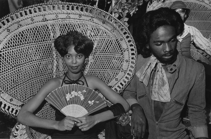 Rarely-Seen Photos Spotlight The 1970s Social Scene Of South Side Chicago