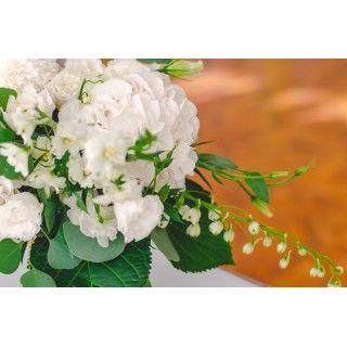 Флористика для свадьбы в бело-зеленом цвете