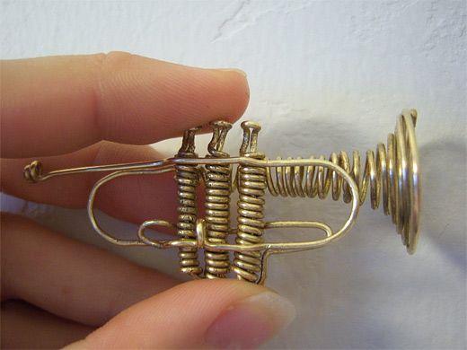 Trumpet wire sculpture
