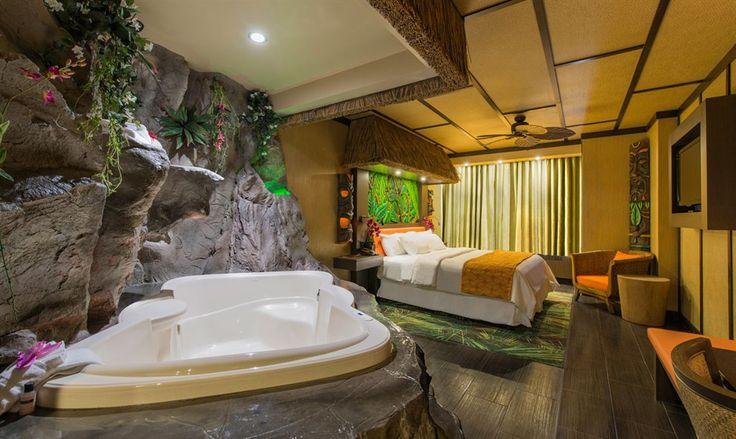 Modern Polynesian Theme Room - Fantasyland Hotel ...