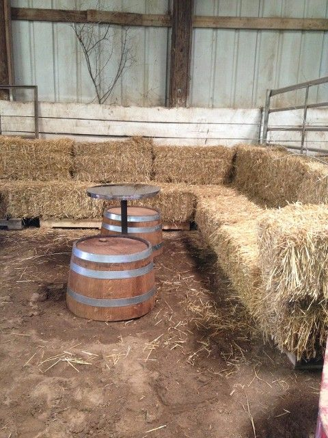 love love love this hay bale sofa