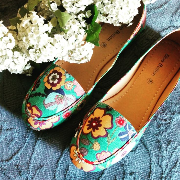 Blue Button's beautiful floral canvas ballerinas.. perfect for the summers!