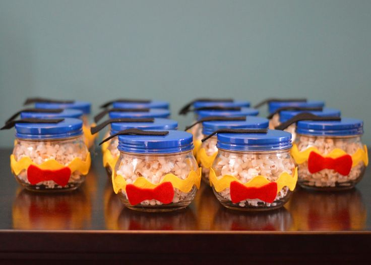 Donald Duck Birthday Party Favors - DIY jars of popcorn