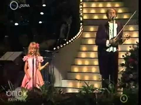 Ullmann Mónika: Írtam a bátyámnak egy dalt https://www.youtube.com/watch?v=GV-f7DihiY0