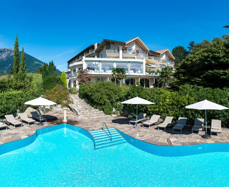 4 Sterne S Wellnesshotel Sonnbichl Dorf Tirol / Wellness Südtirol